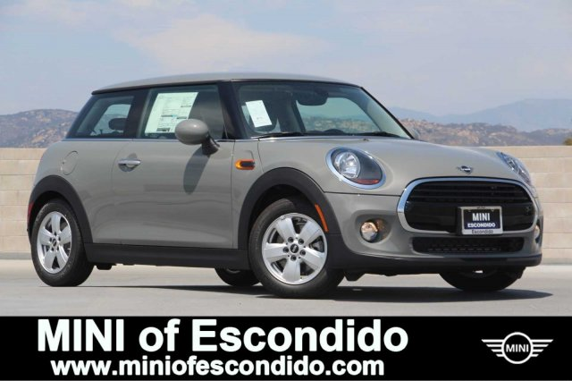 New 2019 MINI Cooper Hardtop 2 Door FWD Cooper